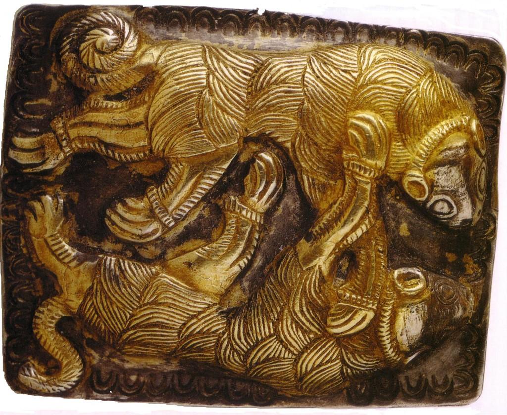 Борбата между вълка и кучето-пастир в душата на човека, изобразено в тракийското златно съкровище от с. Летница, IV в.пр.н.е.